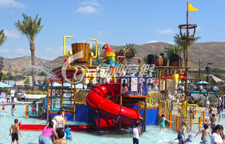 Giant Water House Aqua Playground Platform for Family Fun with Spiral Water Slide